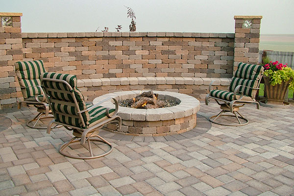Chateau Wall™ fire pit kit Sandstone Blend